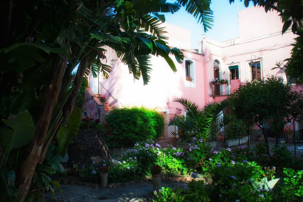 I giardini di naxos verga casa vacanze appartamenti in affitto a giardini naxos sicilia italia - Casa vacanze giardini naxos ...