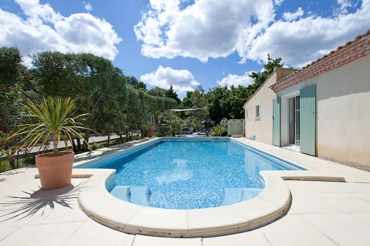 ROMANTIC COTTAGE  SWIMMING POOL IN PROVENCE - Comps - Huis