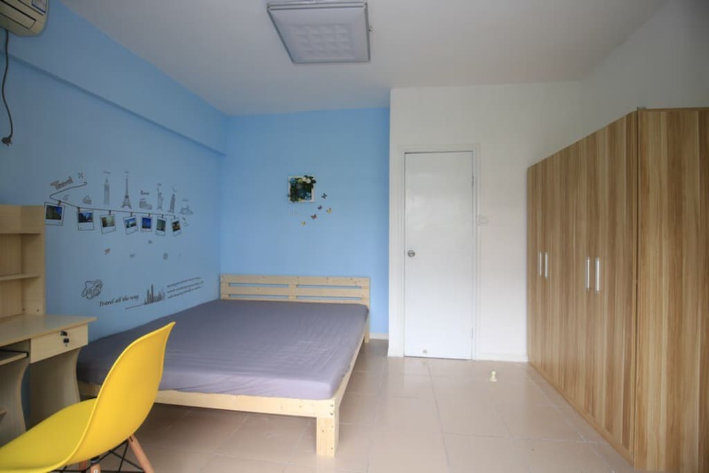 桌椅,衣柜,床,空调齐全