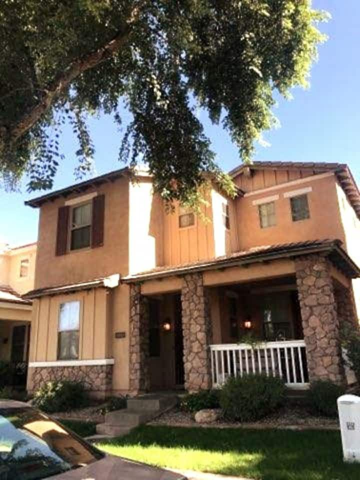 Charming Home in Gilbert