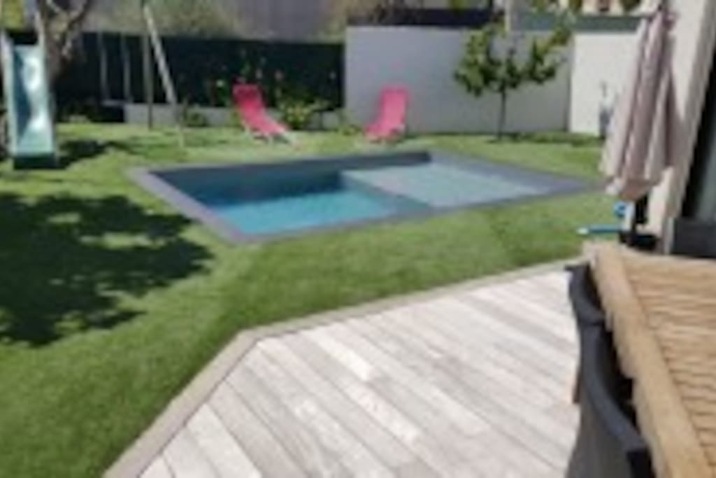 Maison 145 m avec piscine houses for rent in ollioules for Piscine ollioules