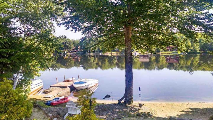 NEW! Family Friendly Lake House with Amazing Views