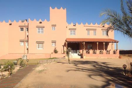 Dar el Ferdaous - El M'Dou - Гостевой дом