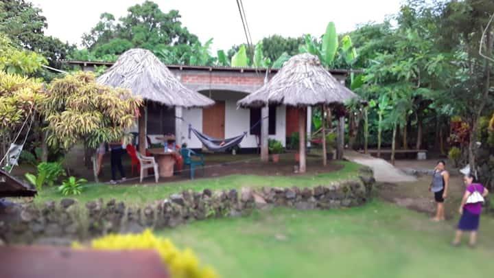 Hostal Barrera And Family
