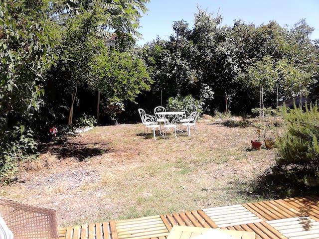Maison avec grand jardin à deux pas de Bordeaux - Le Bouscat - Casa