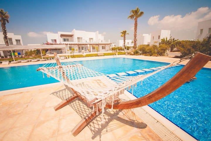 Односпальные апартаменты  40м от песчаного пляжа*