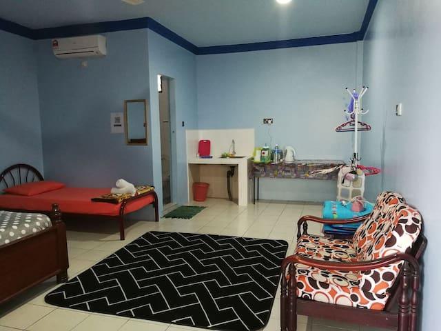 Homestay Alfalah Semporna (Family Room D)