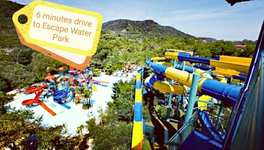 6 minutes drive to Escape Water Park