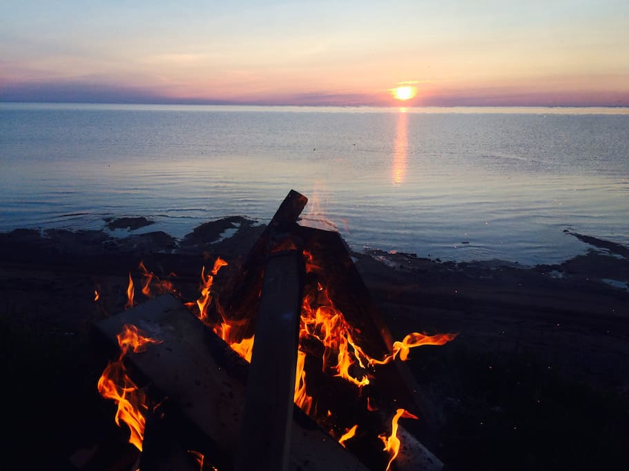 Beachfront campfire  with sunset!