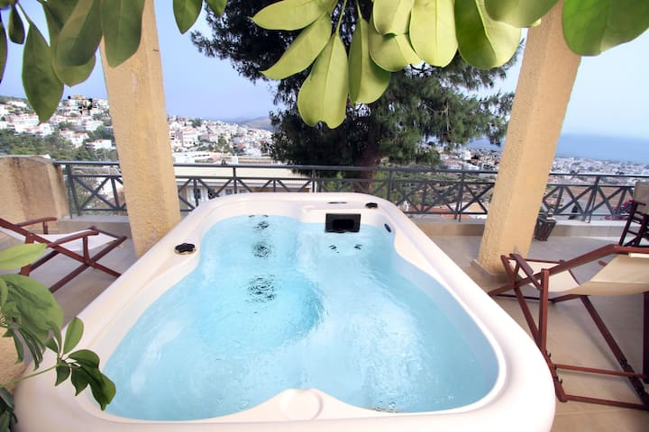 Unique Villa with Sea View &Jacuzzi - Voula