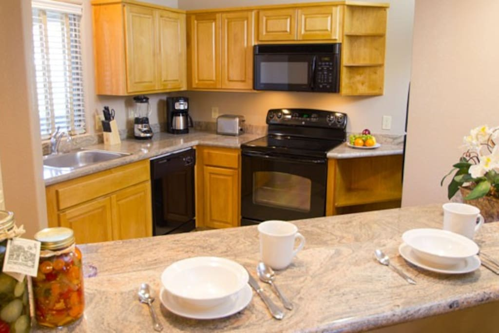 ample kitchen amenities