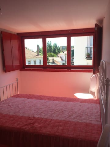 Room in center  near the beach  - Vila do Conde - บ้าน