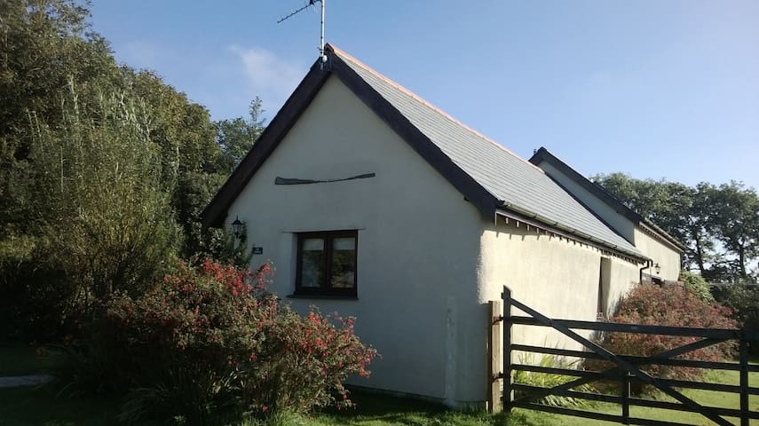 Rural cottage near coast in N Devon - Hartland - Huis