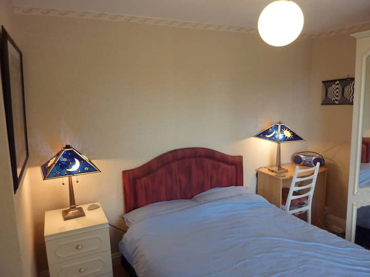 Comfy Double Room - pleasant house