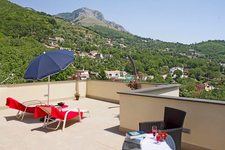 Gorgeous apartment near Sorrento - Vico Equense - Apartament