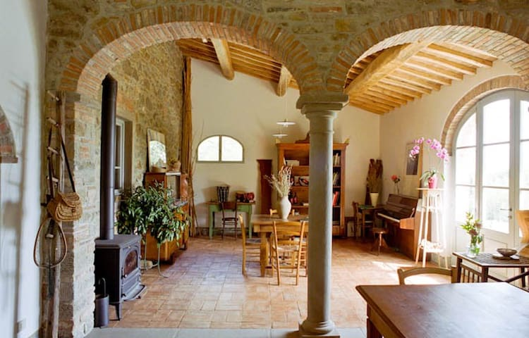 Music room with piano, stereo, CD player, MP3, iPod speakers. The room has a direct access to the salt water pool overlooking the Arno Valley