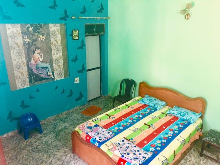 Green Room on Rent @knockdown price