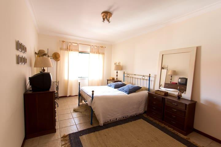 Beach House - Lisbon seaside - Santa Cruz - Apartment