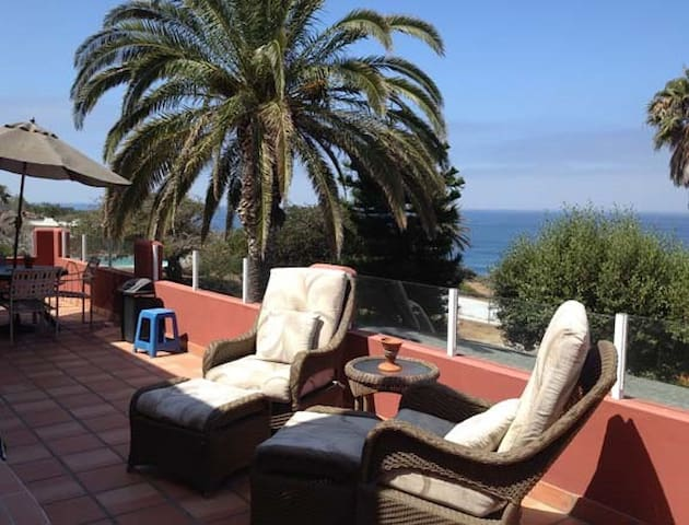 Ocean View - Just Right For Two - La Mision - Apartemen