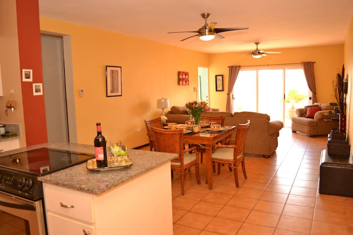 ENJOY OUR FAMILY-FRIENDLY CONDO   - Isabela, Puerto Rico - Byt