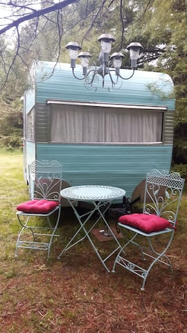 Vintage Trailer Creekside: Save Tons of Money!