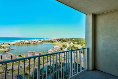 Destin Ariel Dunes II condo 12th Flr Gulf View