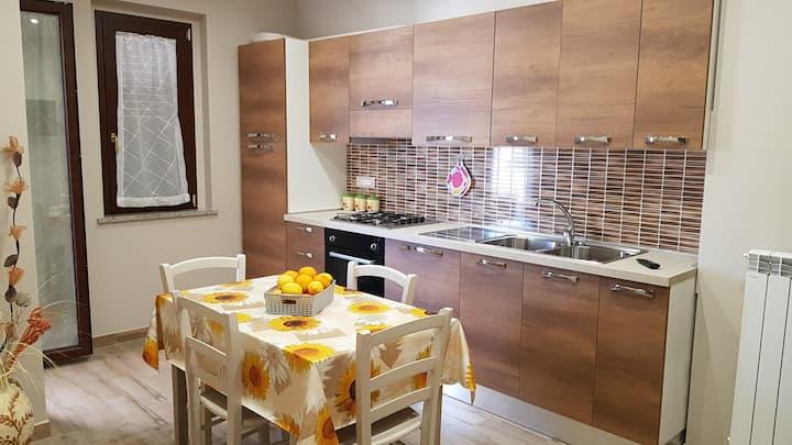 Accogliente Appartamento a Zambrone vicino Tropea