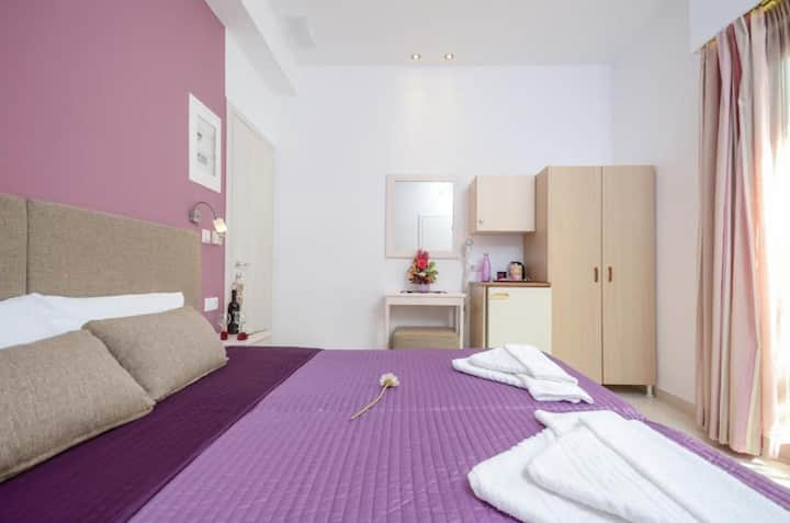 Deluxe Twin Room with Sea View - Panormos Hotel Naxos