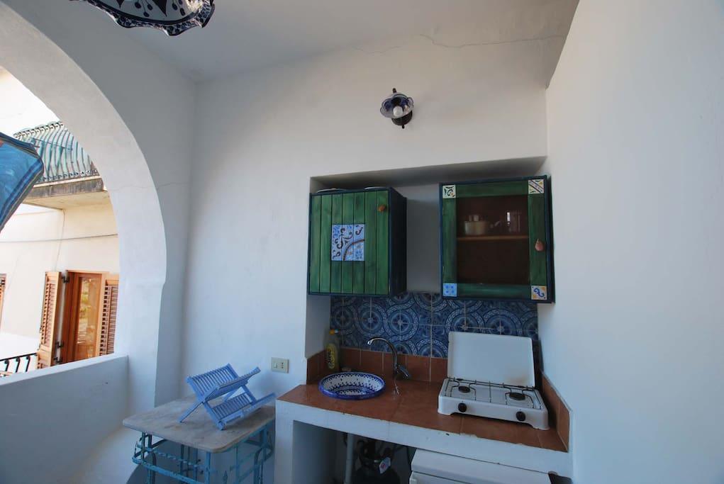 small kitchen corner in the terracce