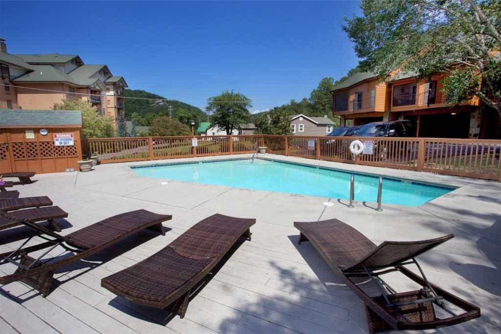 Bring your swimsuit and sunscreen - When you stay at Gatlinburg Village 104 you'll have access to the complex's outdoor swimming