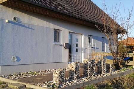 "Gästezimmer ""Unicorn"" in Querenhorst"