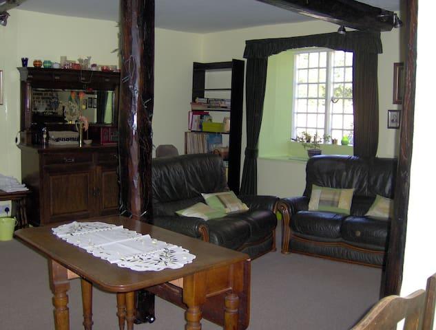 The big sitting room.