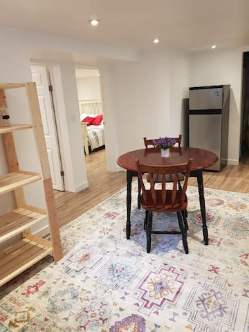 New spacious private guest suite in Galt