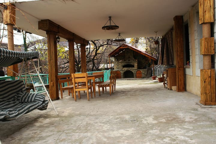 Enjoy warm Armenian Hospitality - Ijevan - Bed & Breakfast
