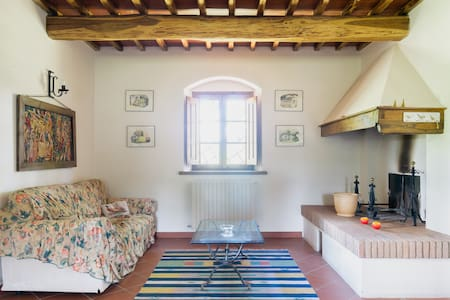 Restored farmhouse in Tuscany - Vepri - Rumah