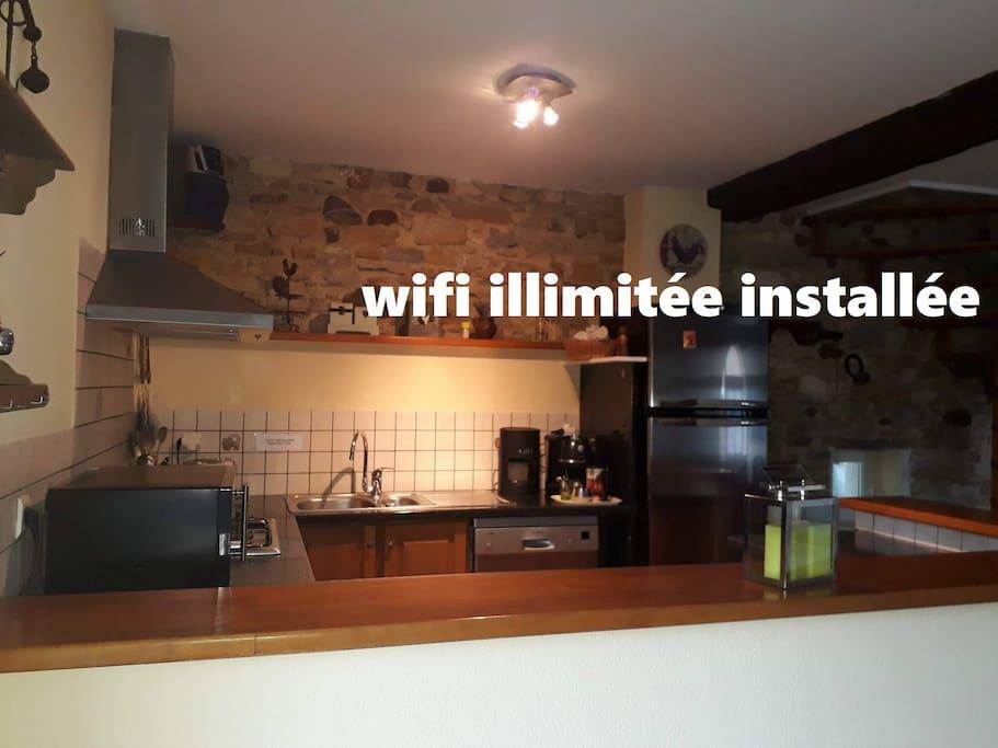 la wifi illimitée installée l'année dernière vous permet d'accéder sans soucis à internet