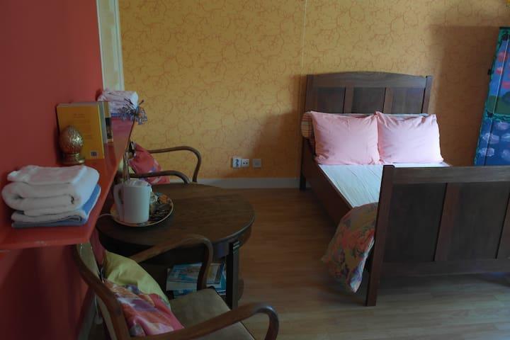 Villa Rembrandt The Master Bedroom - Arnhem - Apartament