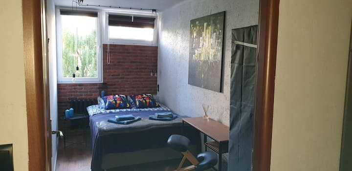 Apartament w centrum przy metrze ONZ