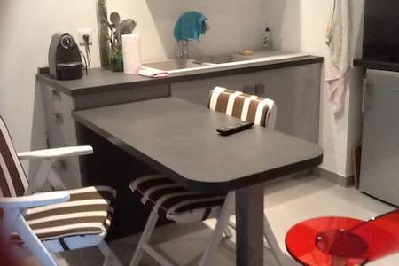 Superbe studio moderne Acy/geneve - Villy-le-Pelloux - Flat