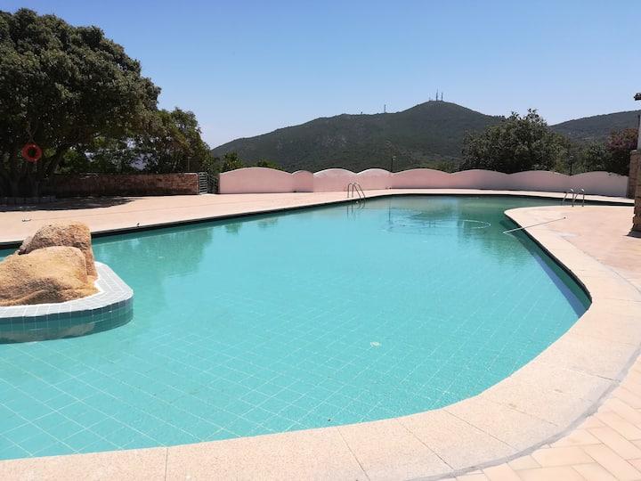 Monolocale con uso piscina. Residence Sole Ruju