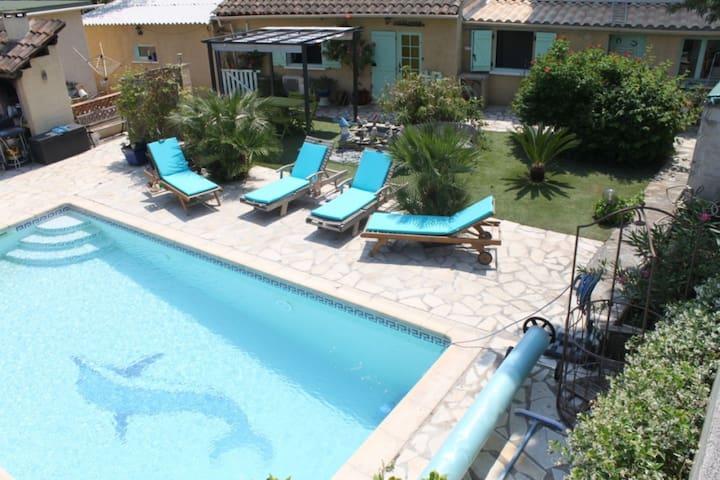 Appartement T2 dans villa avec piscine