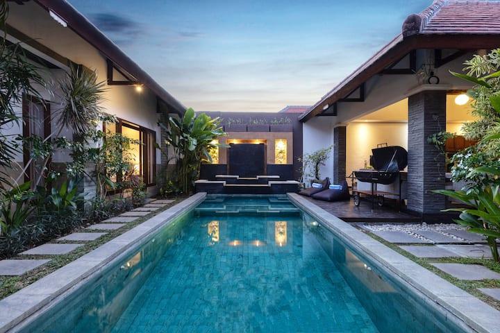 ★ Villa Lapiz Lazuli Bali Seminyak Kuta 3BR w Pool