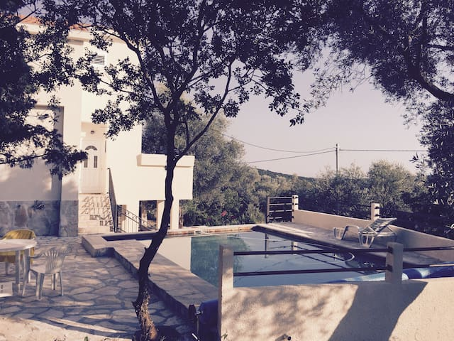 """Charming """"Villa Olive Tree"""" with Private Pool"""