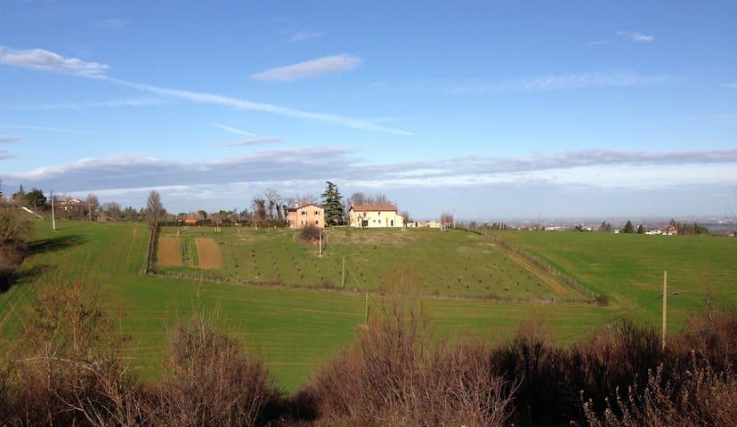 Casa con vista panoramica sulle colline di Dozza