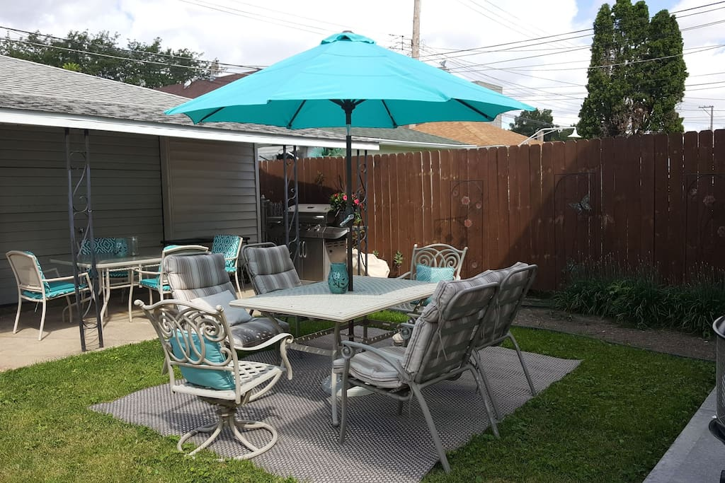 Yard Dining Area