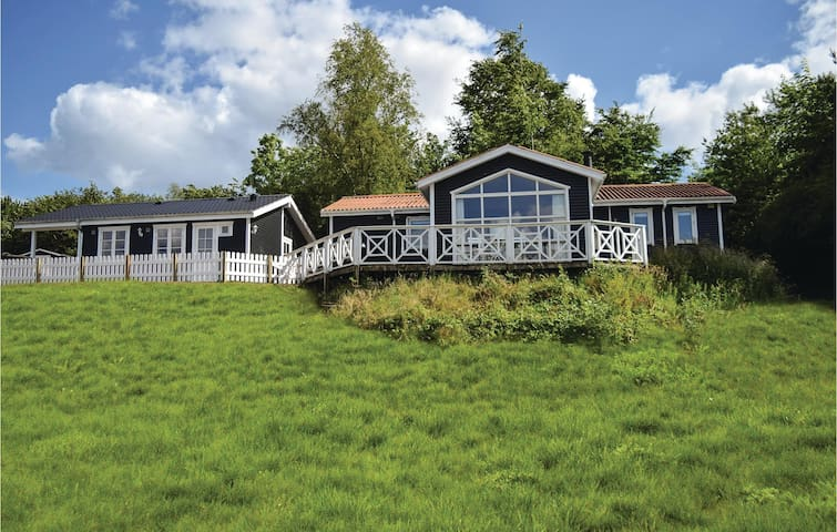 Holiday cottage with 6 bedrooms on 140 m²