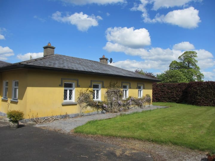 Victorian Lodge in the Countryside near Cashel