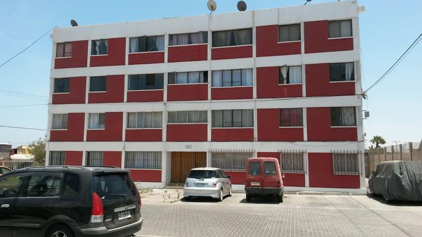 Departamento buena ubicación amoblado Arica - Arica - Pis