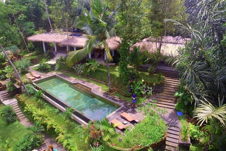 Room 2 at Villa Rimba (Misty valley view) - Ubud