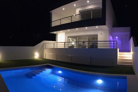 DuMar Beachouse